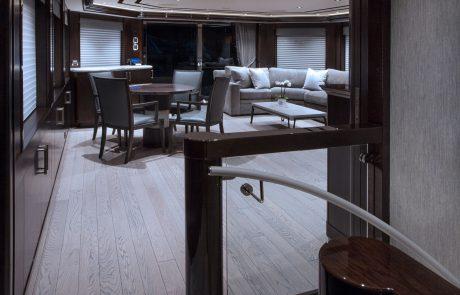 Westport W130 - 40m   Tri-Deck   Hallway