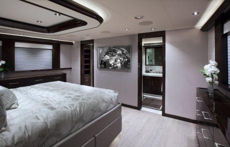 Westport W130 - 40m   Tri-Deck   Master Stateroom