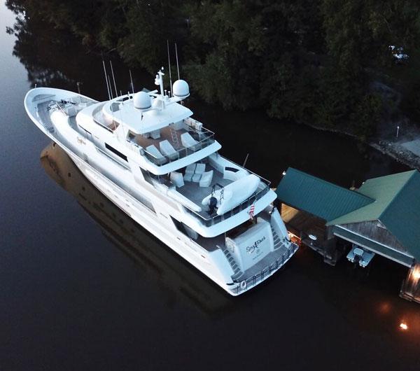 Westport 130 W130 (40m) Model  Tri-Deck Motor Yacht