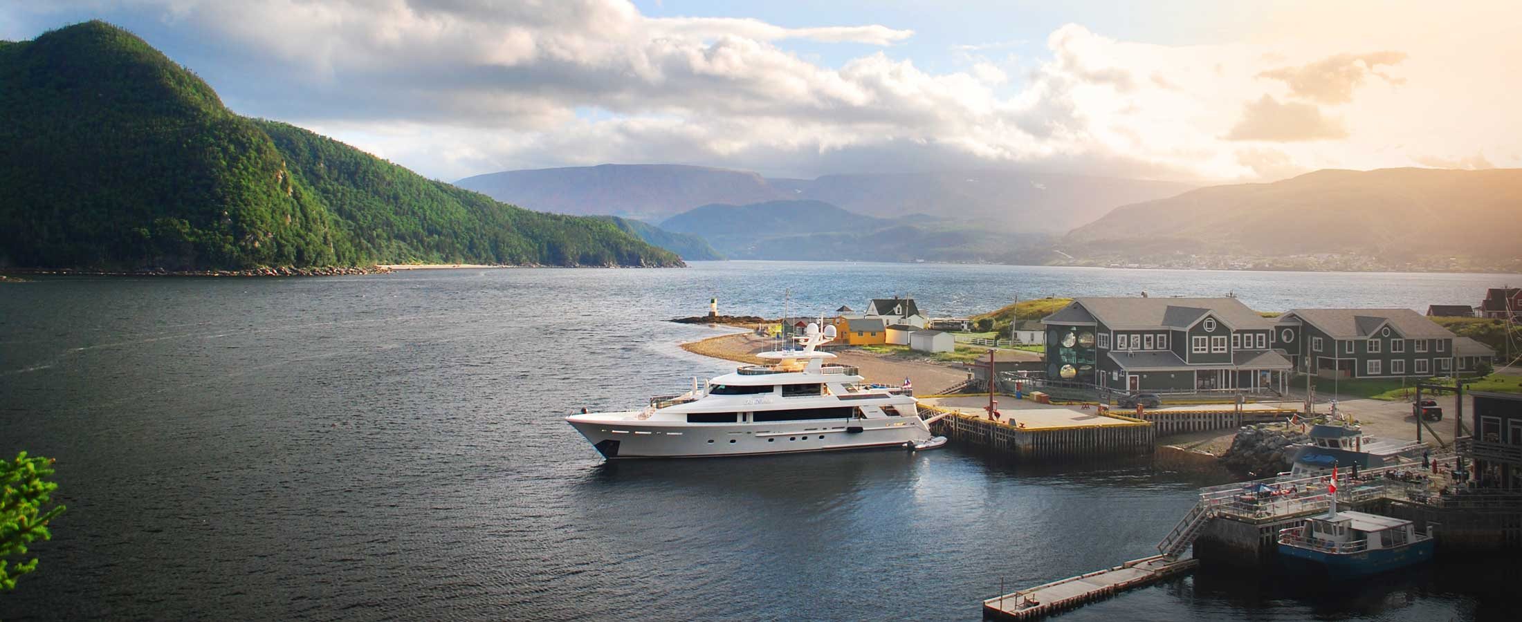 Adventure Yacht Charters   Westport Yachts Charter Guide