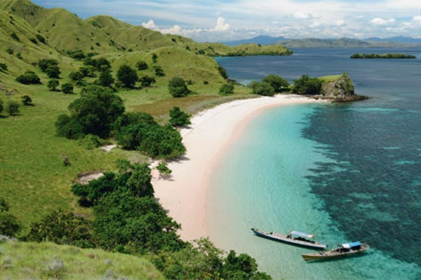Southeast Asia / Indonesia Yacht Charters