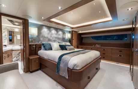 Westport W112   34m Raised Pilothouse   Master Suite